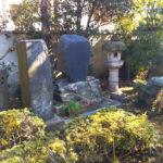 豊原国周墓碑